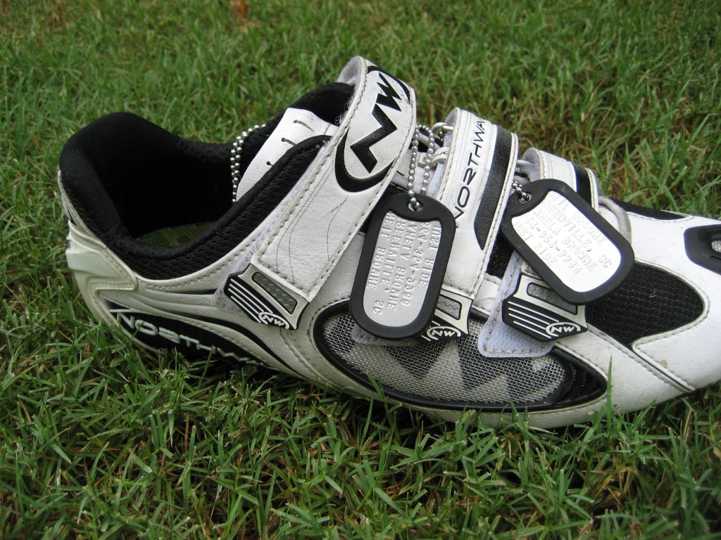 Wear the ID4Sports on your shoe or around your neck