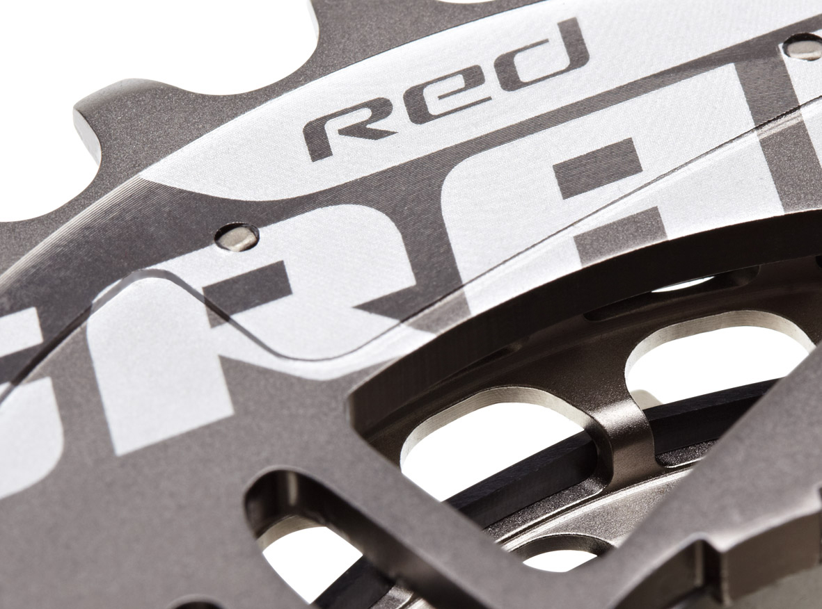 SRAM RED CASSETTE Crop_corr